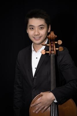 Zhang Tong (张桐)